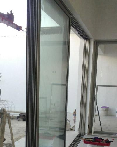 Instalaci n de puertas en guadalajara - Puertas de madera clasicas ...